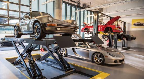 保时捷学院的Carrera GT是全面的课堂工具