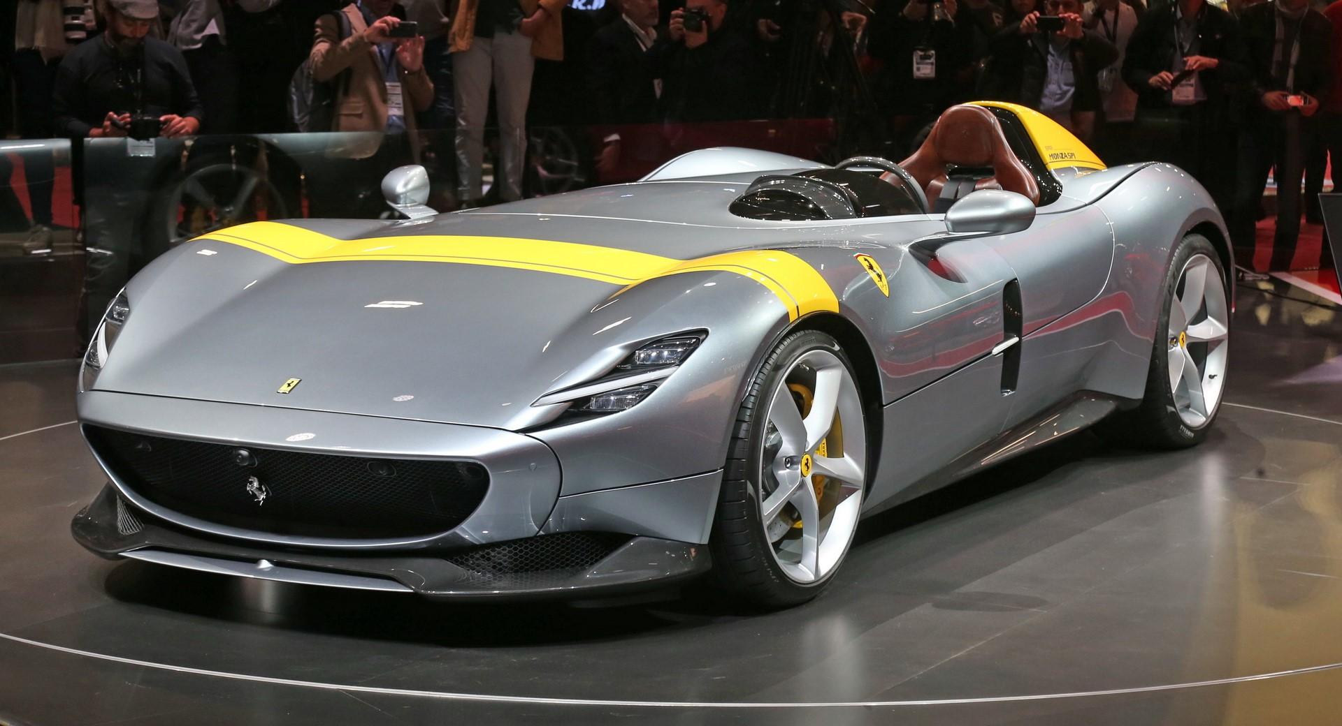 没有挡风玻璃的超级跑车是一种需要消亡的趋势