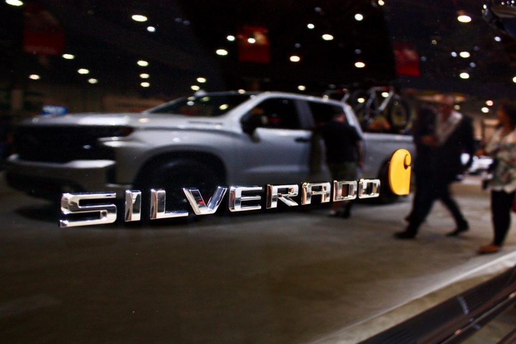 2021雪佛兰Silverado 1500现已提供镶嵌黑色金属漆
