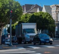 NHTSA放宽了自动驾驶汽车的碰撞标准