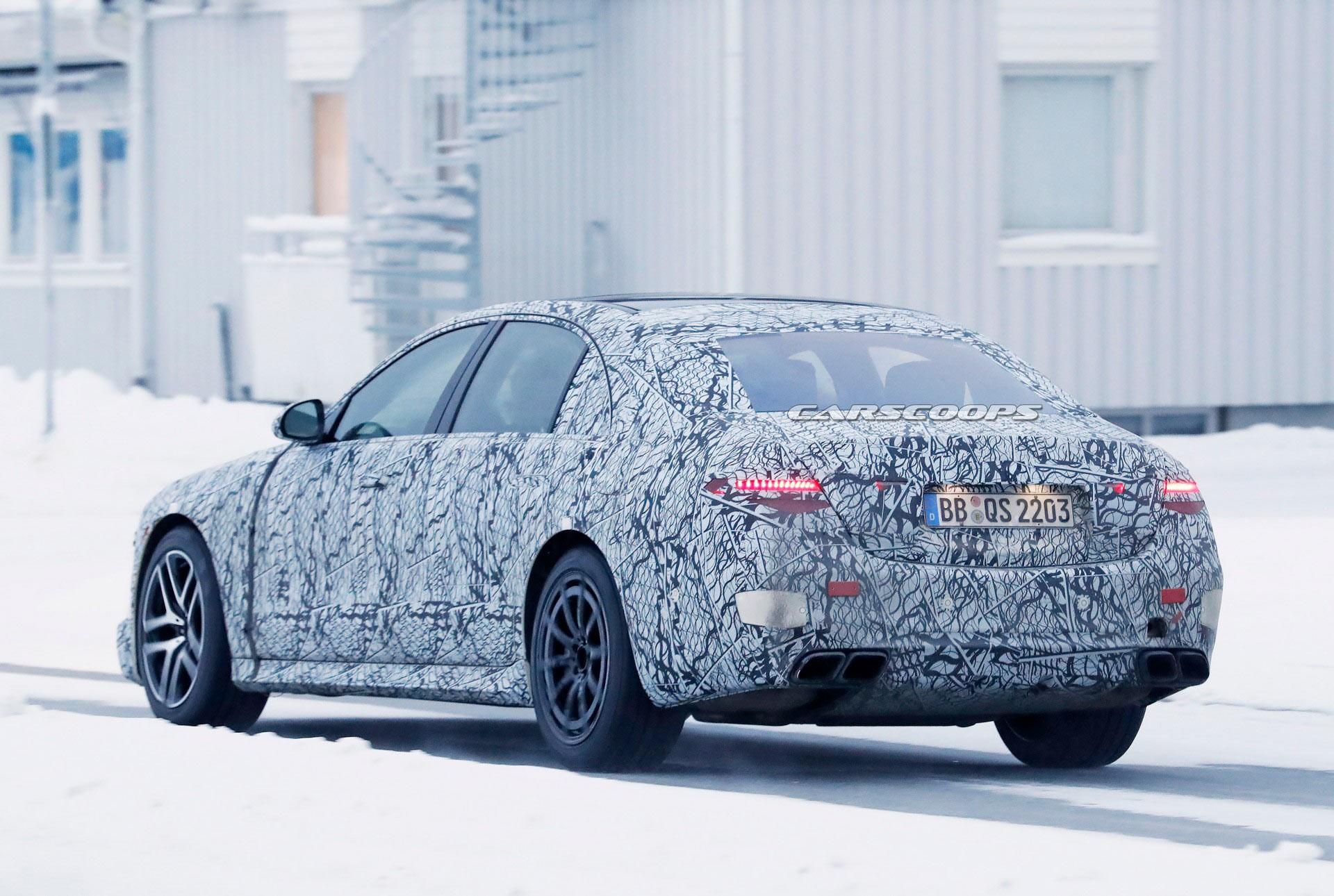 2022梅赛德斯-AMG S63e有望成为高性能插电式混合动力车