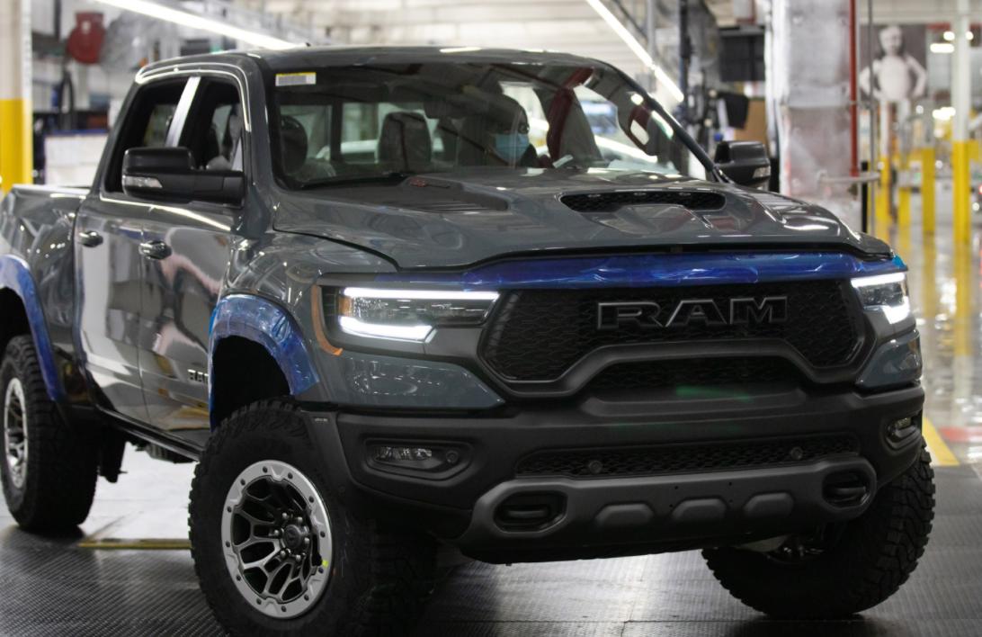 前浪汽车:702马力的Ram 1500 TRX正在密歇根州的一家工厂生产