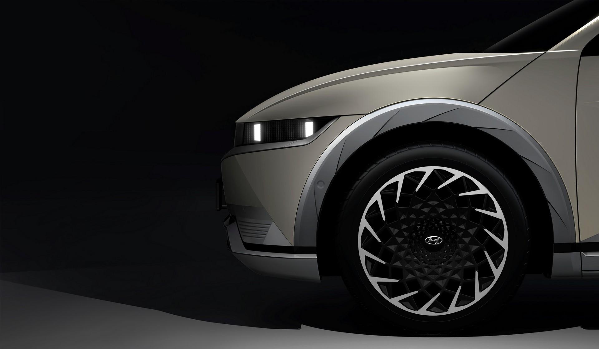 现代汽车宣布另一款IONIQ 5预告片宣布2月中旬首次亮相