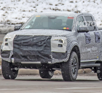 2022年福特Ranger Raptor间谍照片:中型性能卡车配备V-6动力