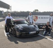 新款保时捷911 GT3实际上比我们想象的还要快