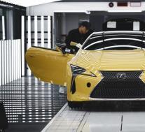 地震后丰田暂停在日本的9家工厂生产