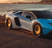 这款兰博基尼Aventador SV有着一套相当不寻常的轮辋