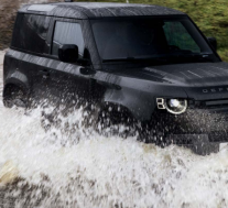 路虎的现代Defender SUV已收到新的V-8选件