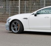 2022年梅赛德斯·奔驰AMG GT 4门轿跑车间谍照片