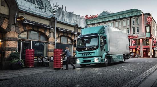 沃尔沃和奥罗拉将在北美开发自动驾驶卡车