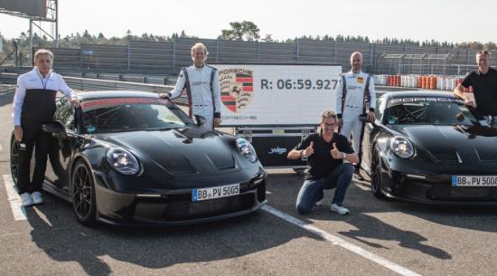 保时捷发布了一款新款911 GT3,比其上一代快了17秒