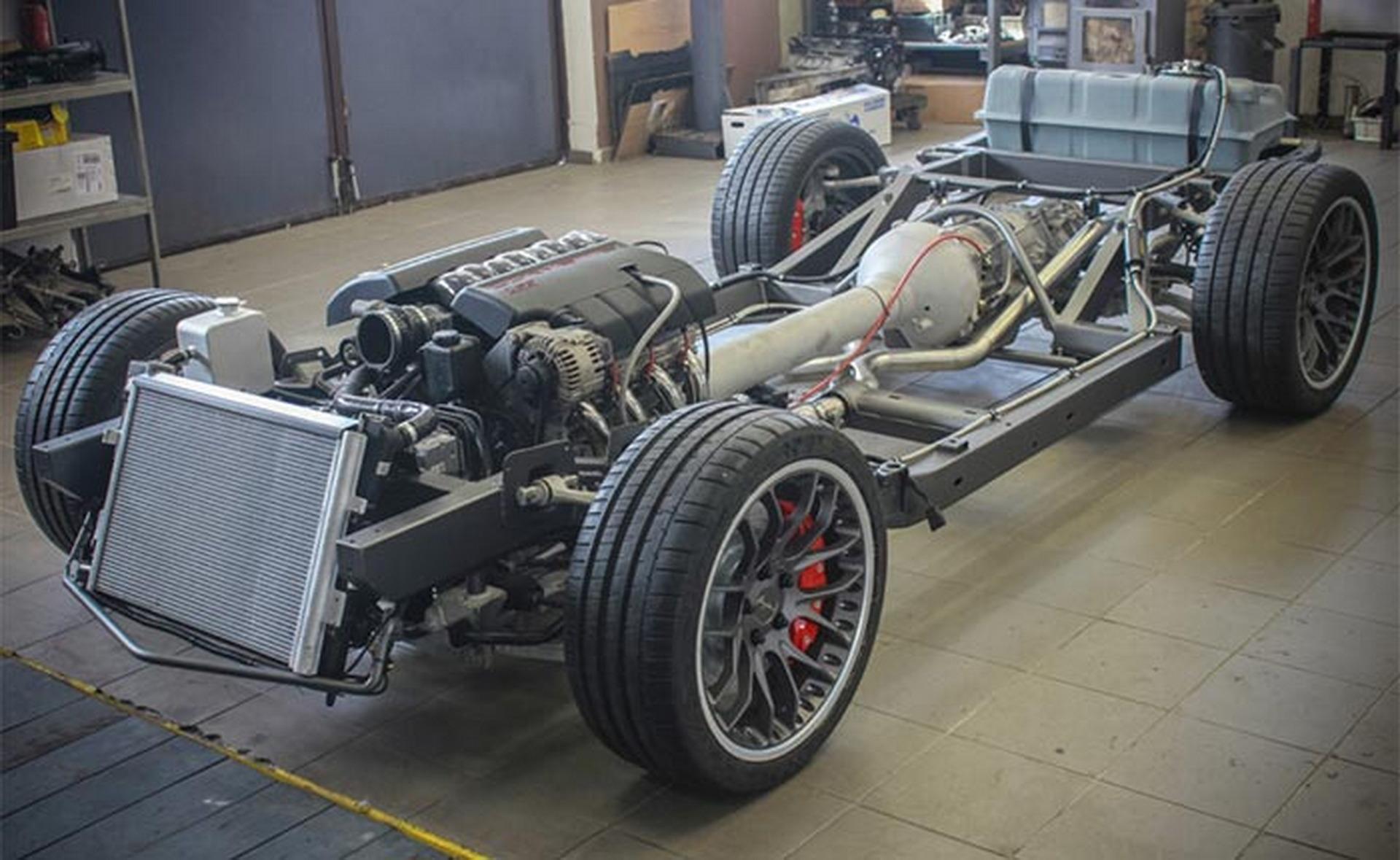 这款带有C3车身的 C6 Corvette是新旧的完美结合