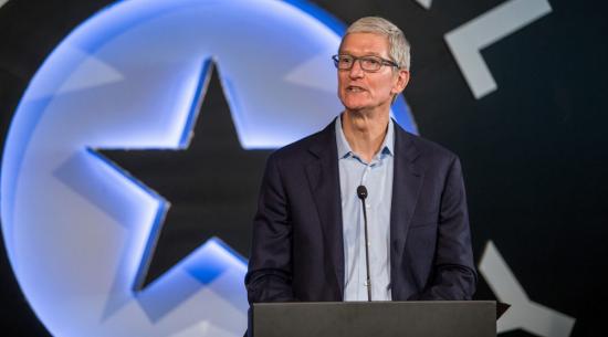 苹果首席执行官蒂姆·库克说自动驾驶汽车是机器人,这项技术可以完成很多事情