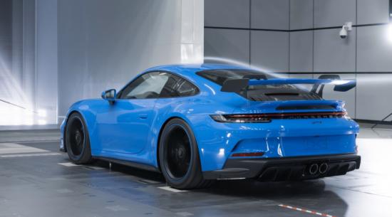 2022年保时捷911 GT3以186 mph的速度进行了3,000英里的测试