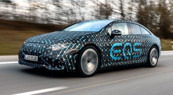 驾驶全电动梅赛德斯·奔驰EQS看起来像是宁静的体验