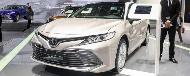 汽车资讯:丰田凯美瑞油表亮了还能跑多少公里