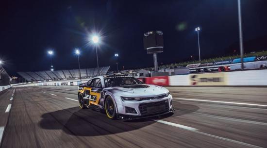 NASCAR展示下一代赛车,我们深入研究规格