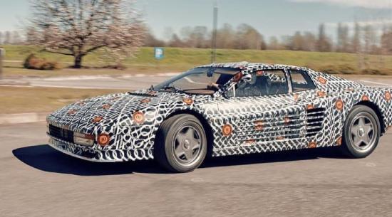 现代法拉利Testarossa声称最大速度为200英里/小时