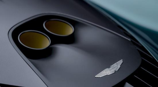 阿斯顿马丁展示了具有937HP Hybrid V8 的生产规格 Valhalla