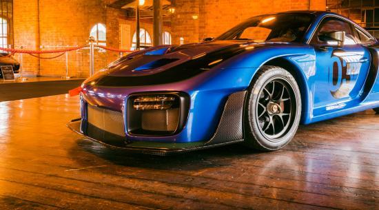 保时捷惊人的蓝宝石蓝系列登陆 Fox Car Collection