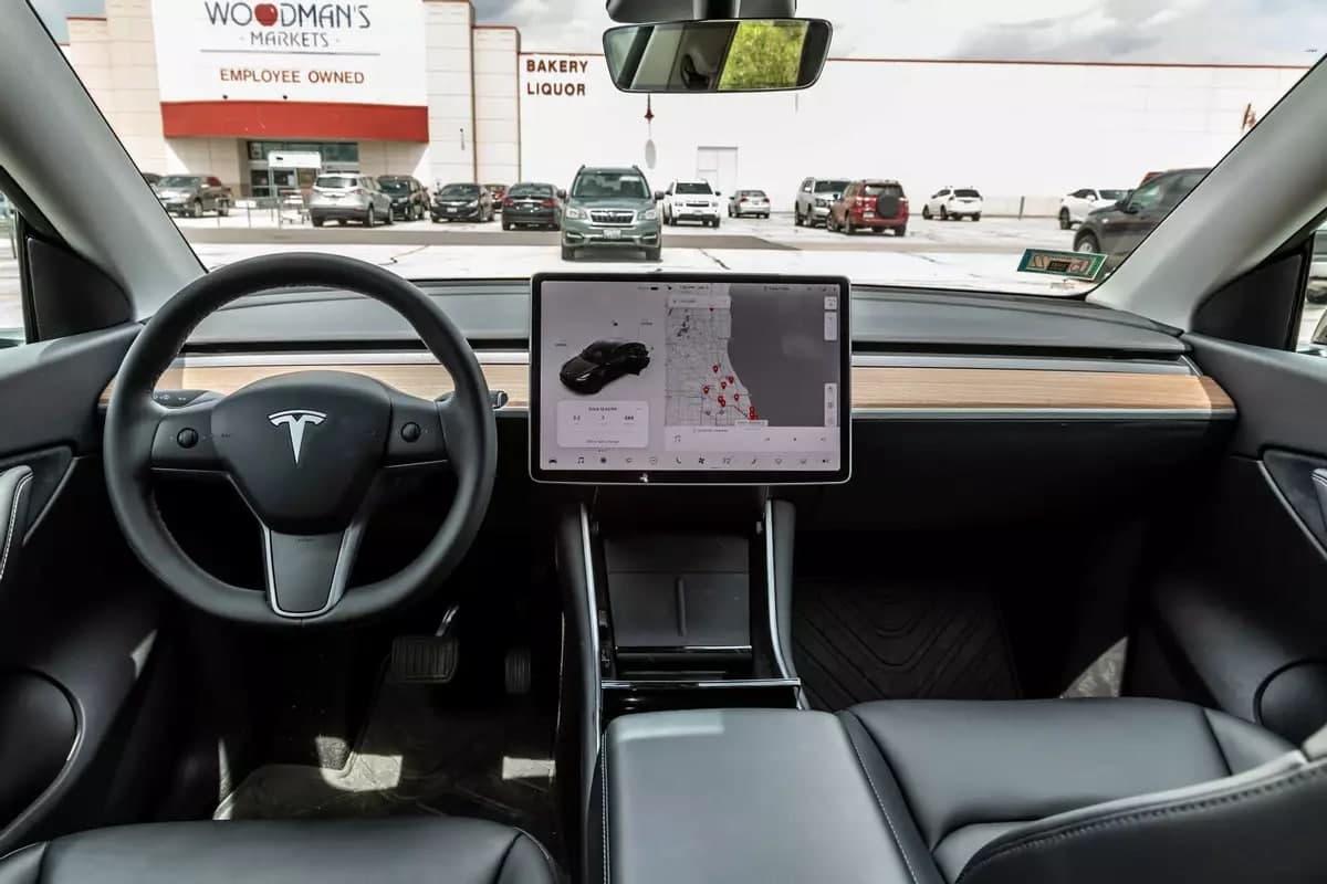 当免提不再是免费的:自动驾驶技术的成本是多少?