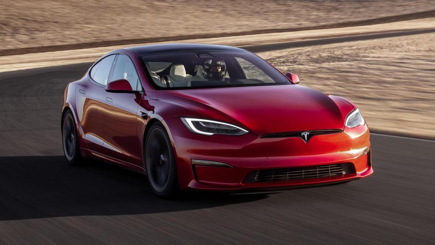 特斯拉 Model S Plaid 在纽博格林赛道创造了电动汽车记录