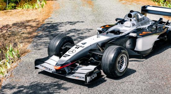 基米·莱科宁 2002 年迈凯轮 F1 赛车即将拍卖