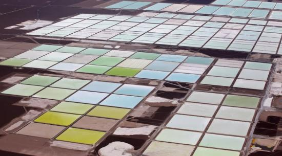 汽车制造商资助旨在为电动汽车制造更环保锂的新技术